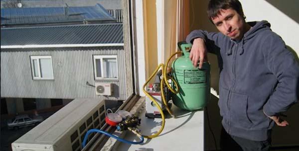 Как делается заправка кондиционера в Харькове